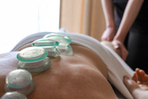 suction-cups-therapy